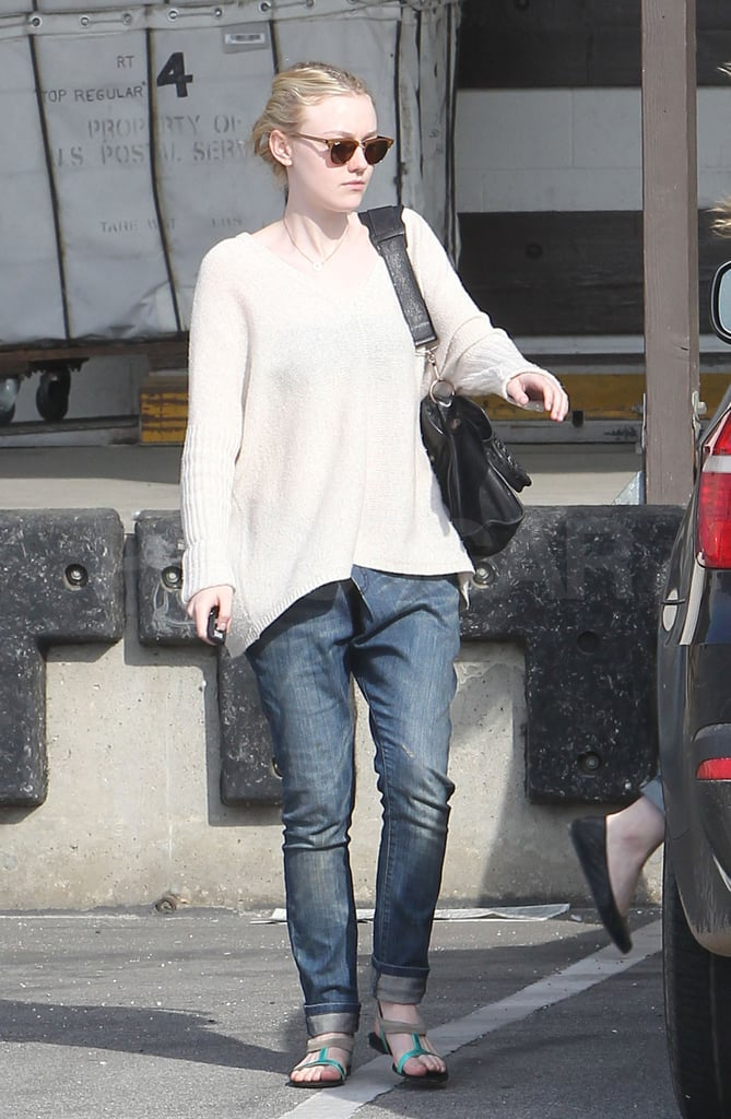 Elle and Dakota Fanning Stick Together For Weekend Errands and a Possible Movie