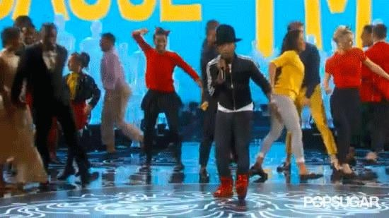 Most Enthusiastic Back-Up Dancers: Corinne and Jamie Foxx