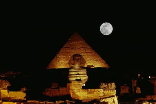 Egyptian Groper Receives Hard Labor, Jail Sentence