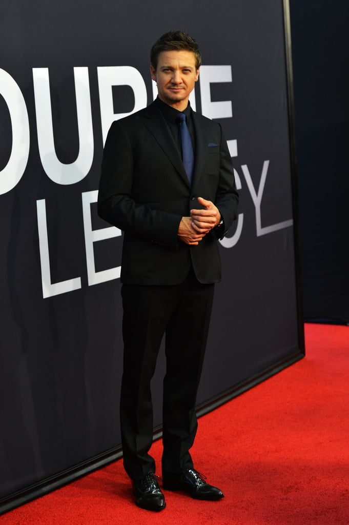 Jeremy Renner wore an all-black ensemble for the world premiere of The Bourne Legacy in NYC.