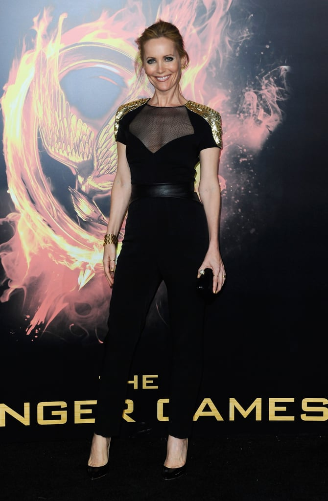 Leslie Mann's gold-embellished Monique Lhuillier jumpsuit doesn't short on the drama. We love that it boasts statement-making accents, but still feels entirely wearable.
