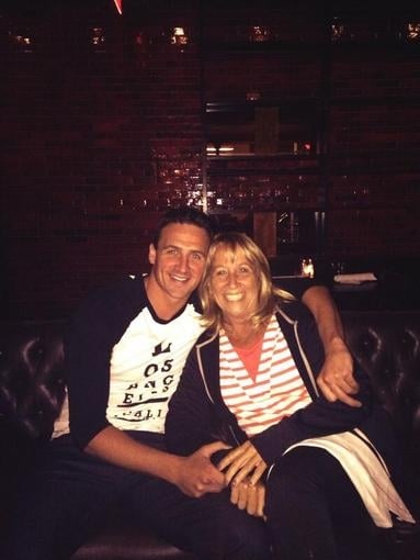 Ryan Lochte shared a sweet photo while having dinner with his mom. Source: Twitter user ryanlochte