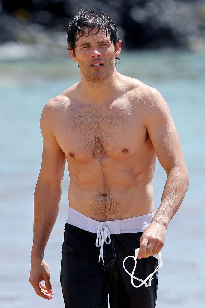 James Marsden showed off his abs on the beach in Hawaii.