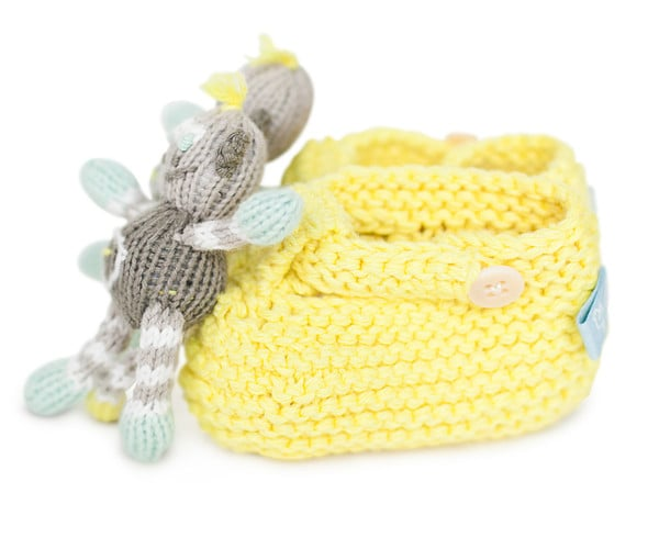 For Infants: Rattle Booties