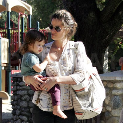 Amanda Peet and Frances Pen Visit the Playground