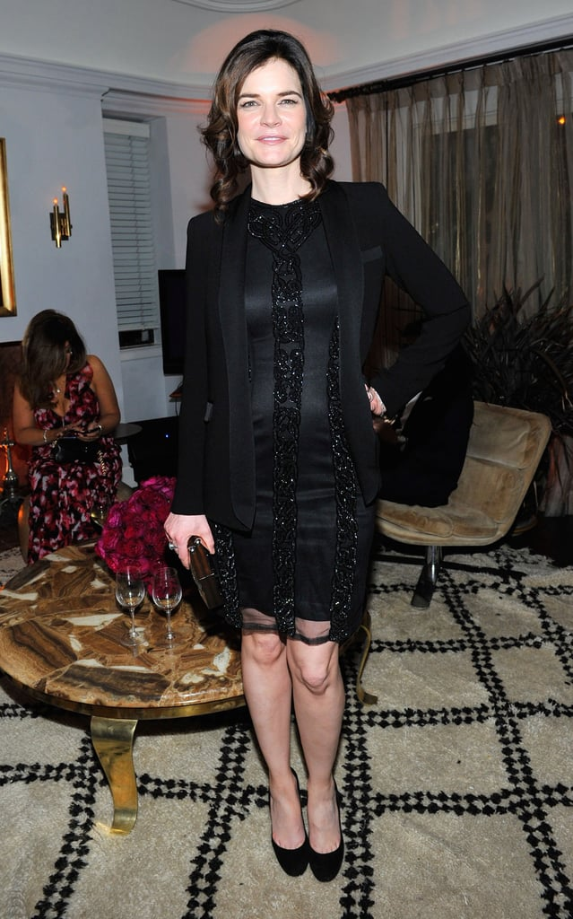 Breaking Bad's Betsy Brandt also went for an all-black look.