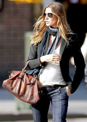 Lil Links: Gisele Is Sporting a Perfect Baby Bump