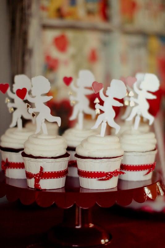 Red Velvet Valentine Cupcakes
