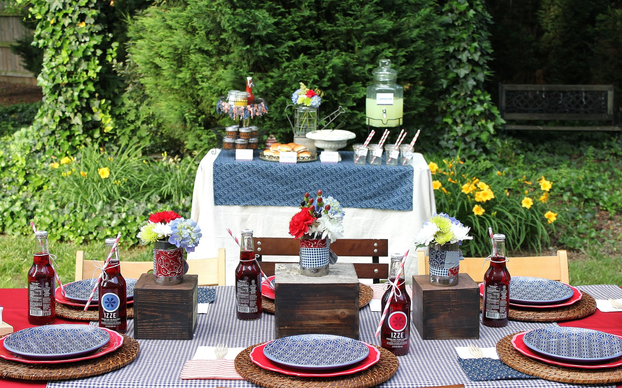Party On! Table Settings