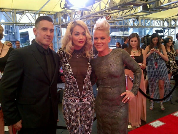 Rita Ora posed for a photo with Pink and Carey Hart.  Source: Twitter user RitaOra