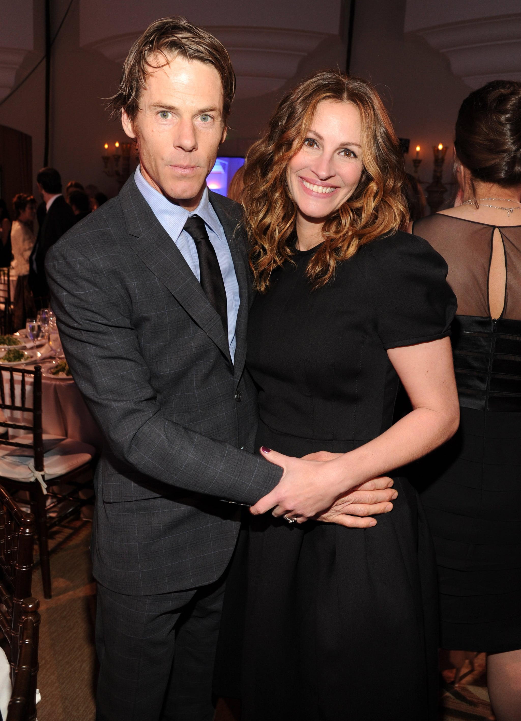 Danny Moder and Julia Roberts showed PDA at the Help Haiti Home event on Saturday evening.