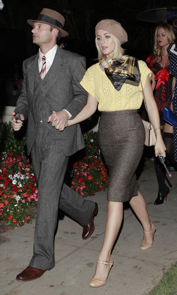 Julianne Hough made a very convincing Faye Dunaway à la Bonnie and Clyde by nailing that iconic newsboy cap look to a T in 2012.