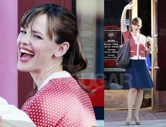 Photos of Jen Garner on Set