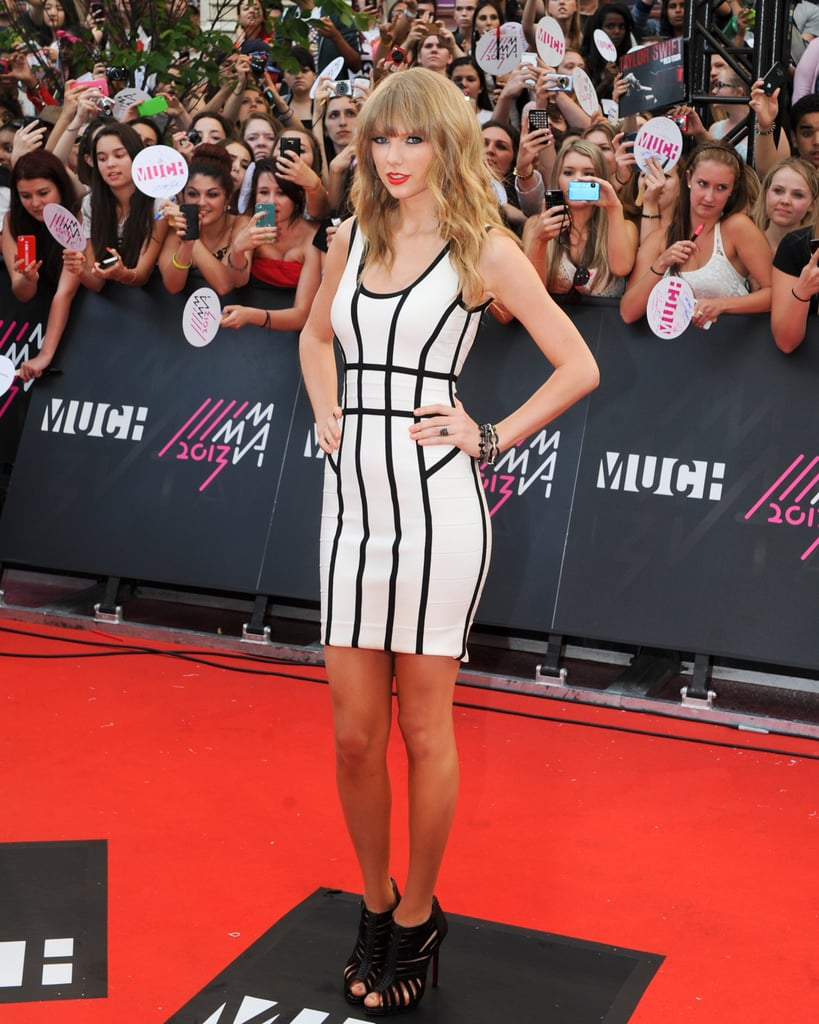 Taylor Swift Heads to the Great White North to Nab Another Award