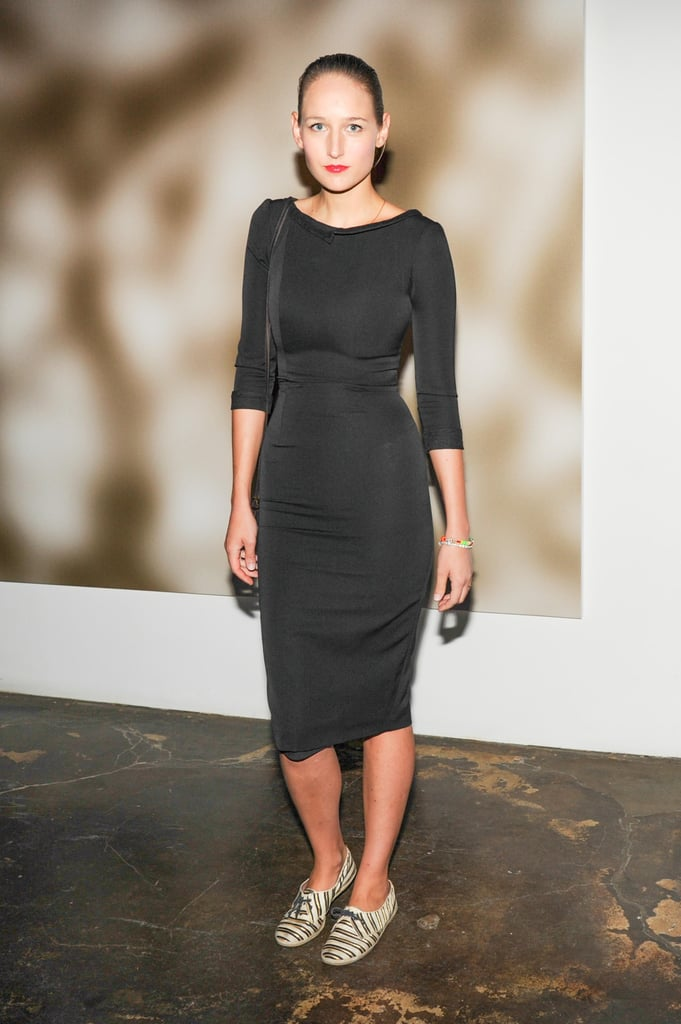 Leelee Sobieski celebrated the launch of David Yurman's meteorite collection in an LBD that she paired with striped sneakers.