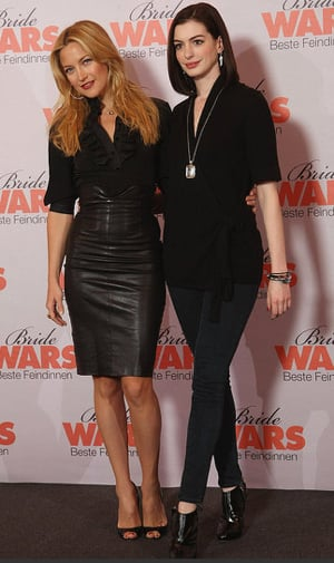 Photos of Kate Husdon and Anne Hathaway at Bride Wars Premiere