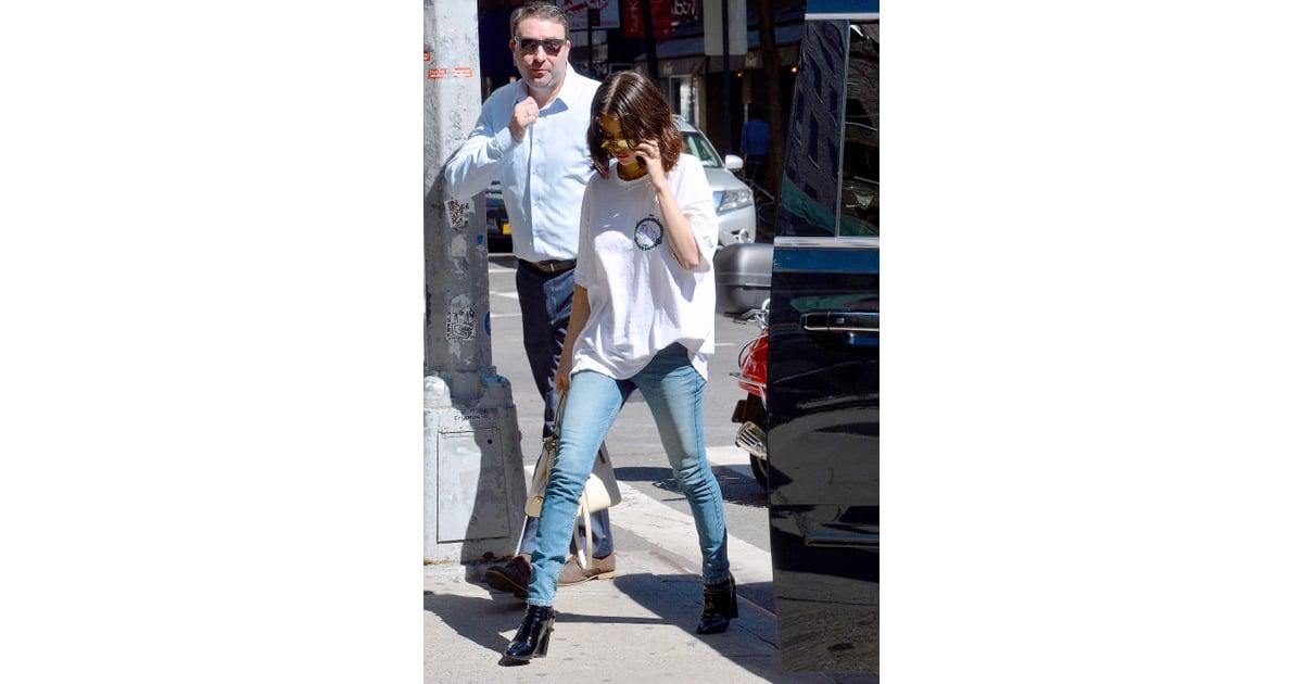 So, Selena Gomez Has a Louis Vuitton CampaignNow recommendations