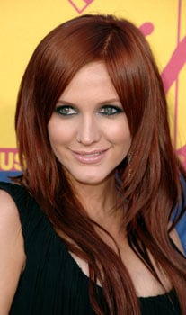 Ashlee Simpson at MTV VMAs: Hair and Makeup