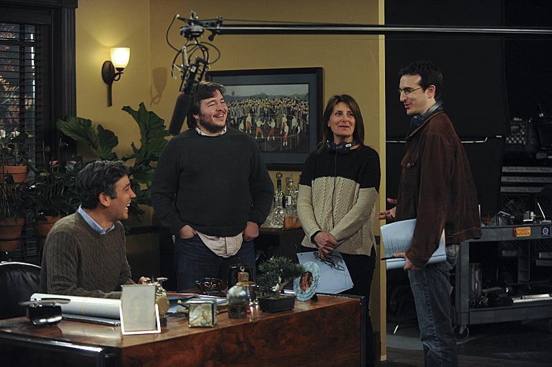Radnor as older Ted, with Bays, Thomas, and director Pamela Fryman.