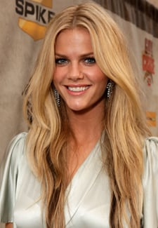 Exclusive Interview With Brooklyn Decker About Filming Just Go With It With Adam Sander and Jennifer Aniston 2010-06-19 10:30:16