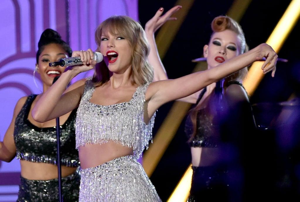 "Taylor Swift, ""Shake It Off"""
