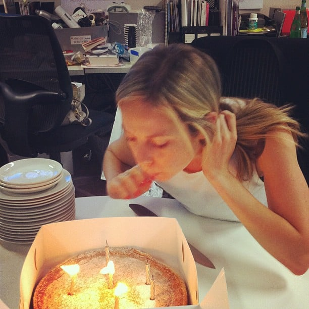 Happy birthday, Ali! Our lovely Alison Parr, editor of FabSugar, celebrated her birthday in style (as usual).