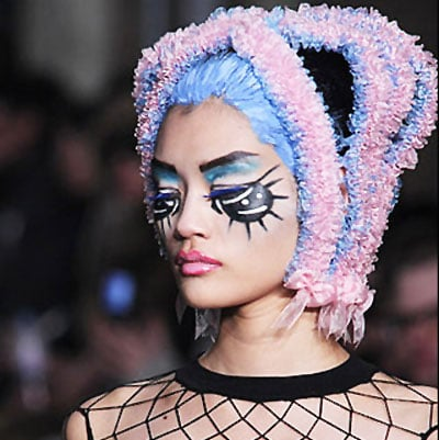 Eight of the Craziest Hair and Makeup Looks from London Fashion Week