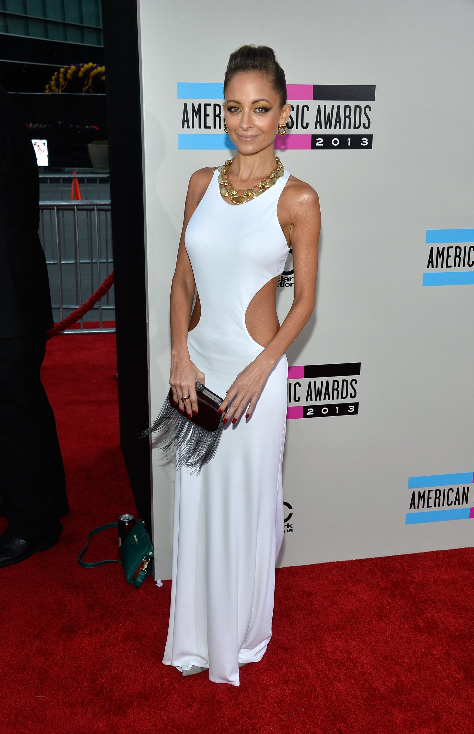Nicole Richie arrived at the 2013 American Music Awards.