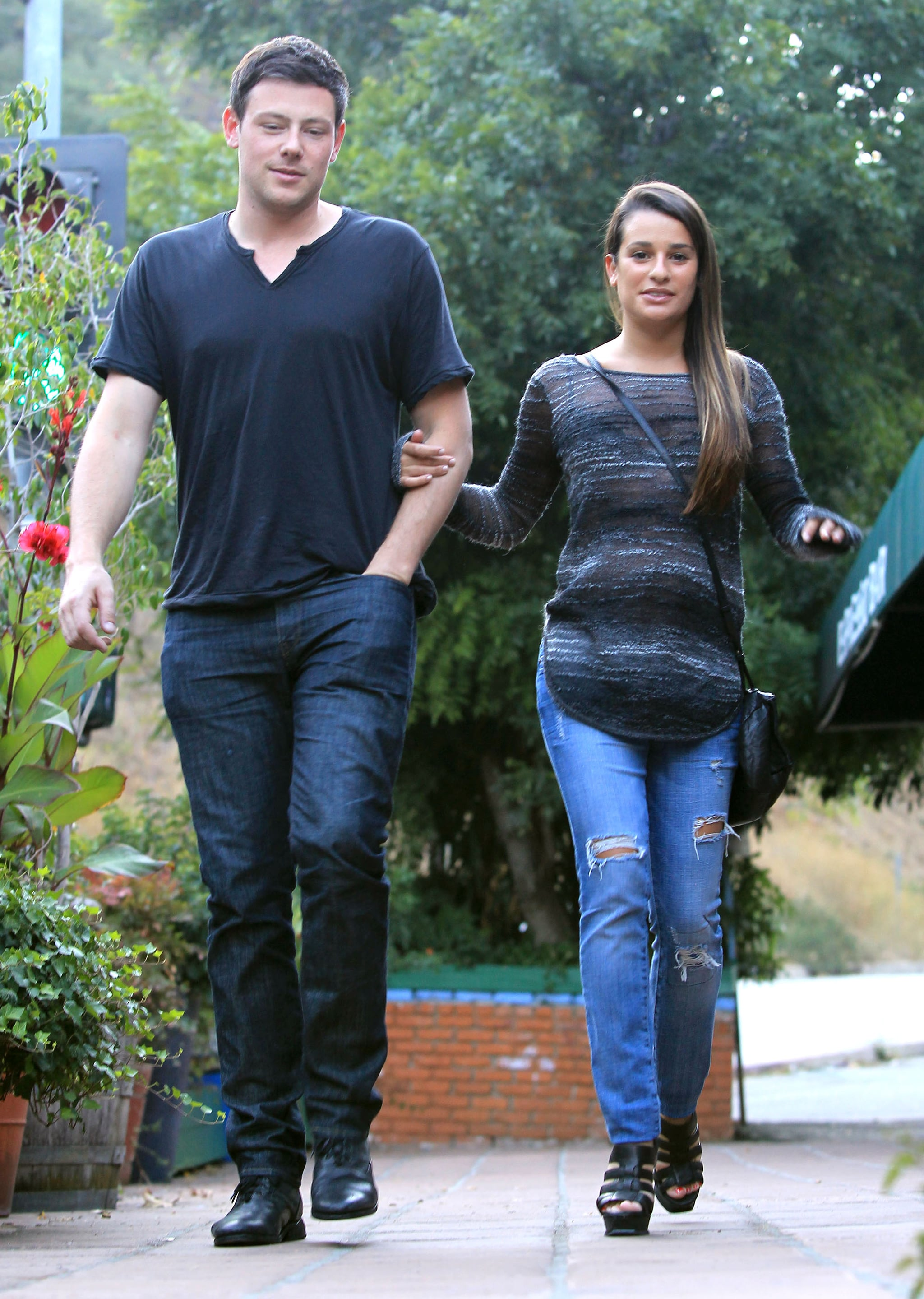 Glee's Cory Monteith and Lea Michele had a meal.