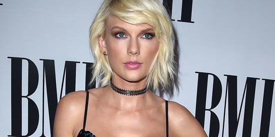 Taylor Swift Is Bringing Back The '90s Again In A Velvet Gown And Choker