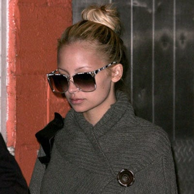 Nicole Richie Out in NYC 2008-04-17 16:29:44