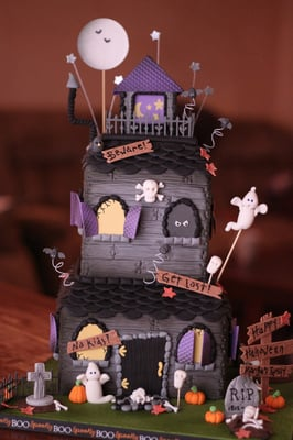 Halloween Cakes That Will Blow You Away (PHOTOS)
