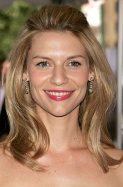 How To: Claire Danes's Polished Pulled-Back 'Do