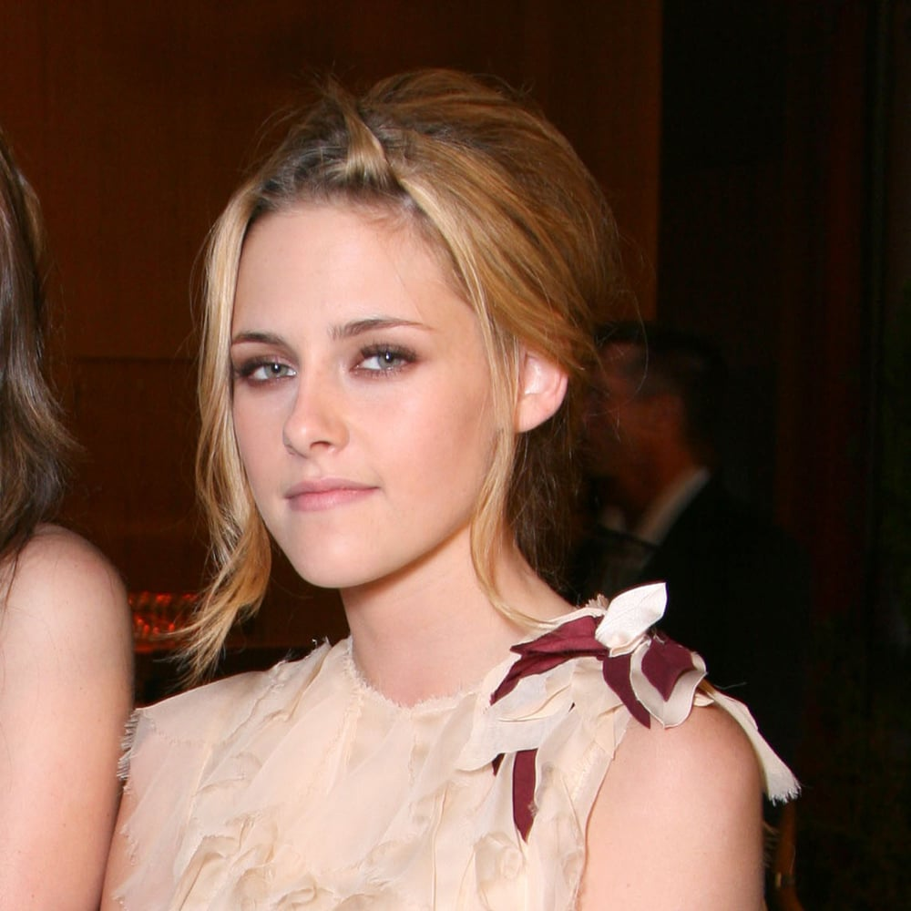 Looking glam in '07 at the Into The Wild premiere.