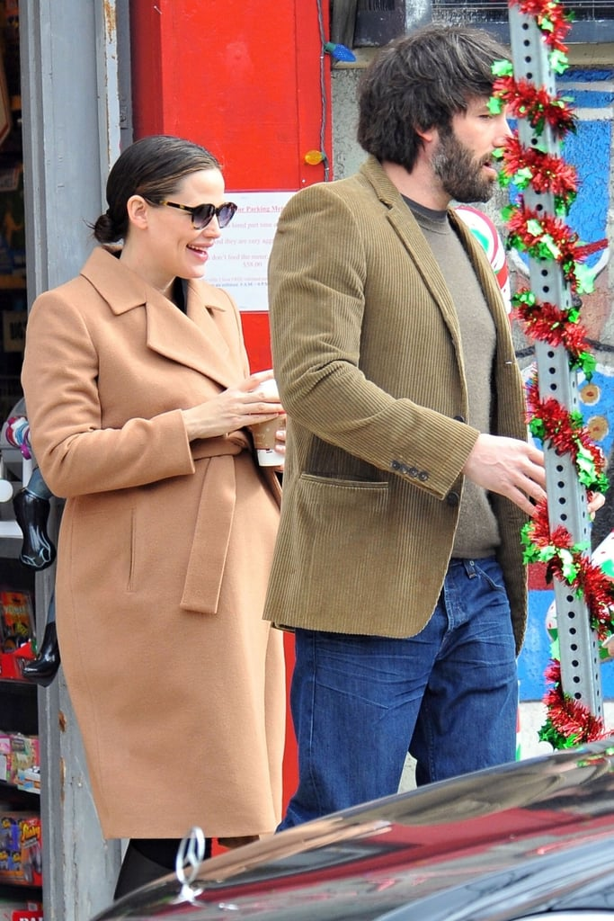 Jen wore dark sunglasses on their early shopping adventure.