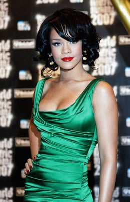 Love It or Hate It? Rihanna's Really Red Lips and Nails