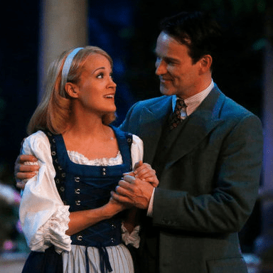 Carrie Underwood Singing in The Sound of Music