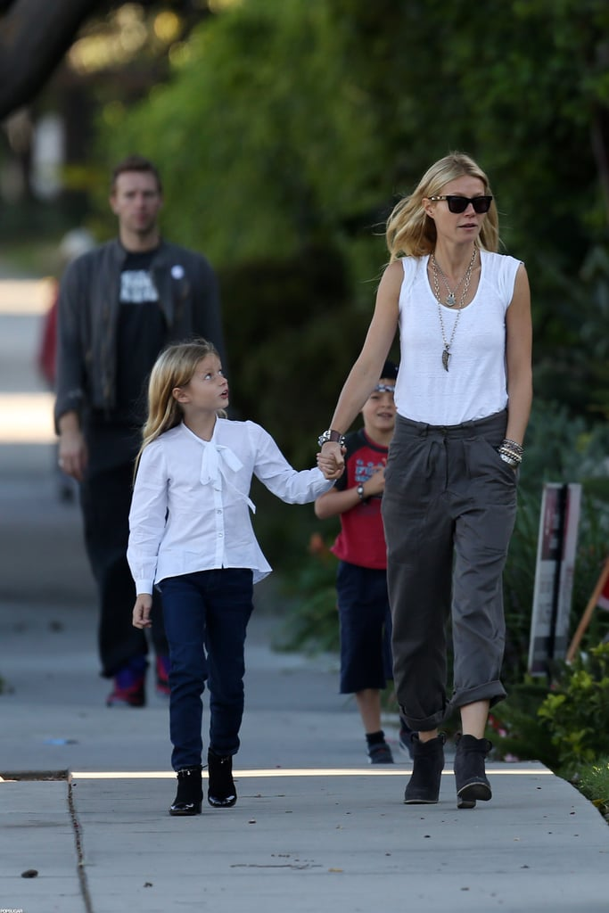 In October 2012, Gwyneth Paltrow and Chris Martin took Apple and Moses for a walk in LA.