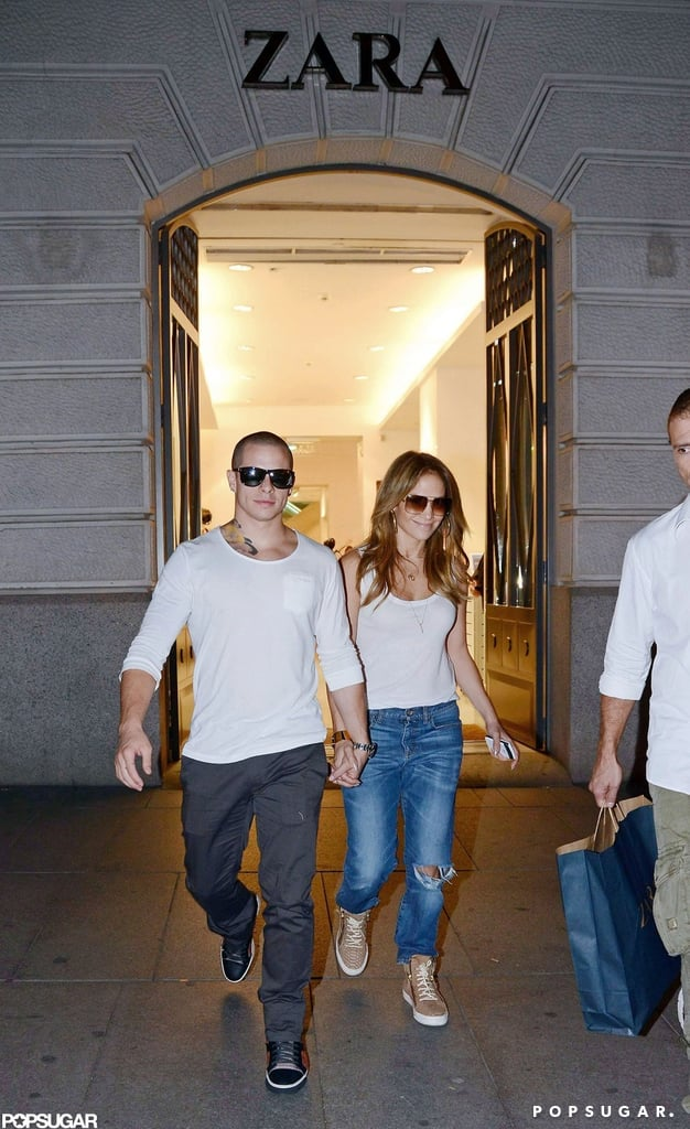 J Lo and Casper Smart went shopping at Zara in Spain.