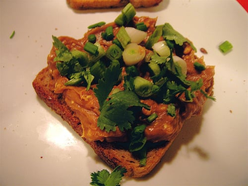 Yummy Links: Asian Peanut Butter Sandwich