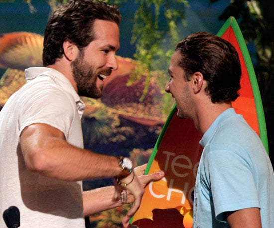 Ryan Reynolds congratulated Shia LaBeouf in 2007 for his favourite breakout actor win.