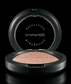 Review of MAC Mineralize Skinfinish Degradé