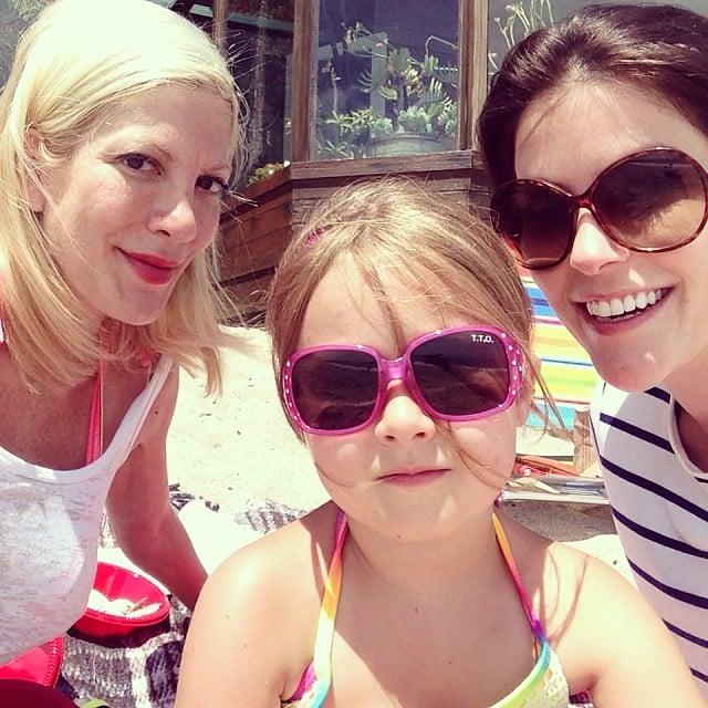 Tori Spelling and daughter Stella enjoyed some mother-daughter craft time.  Source: Instagram user torispelling