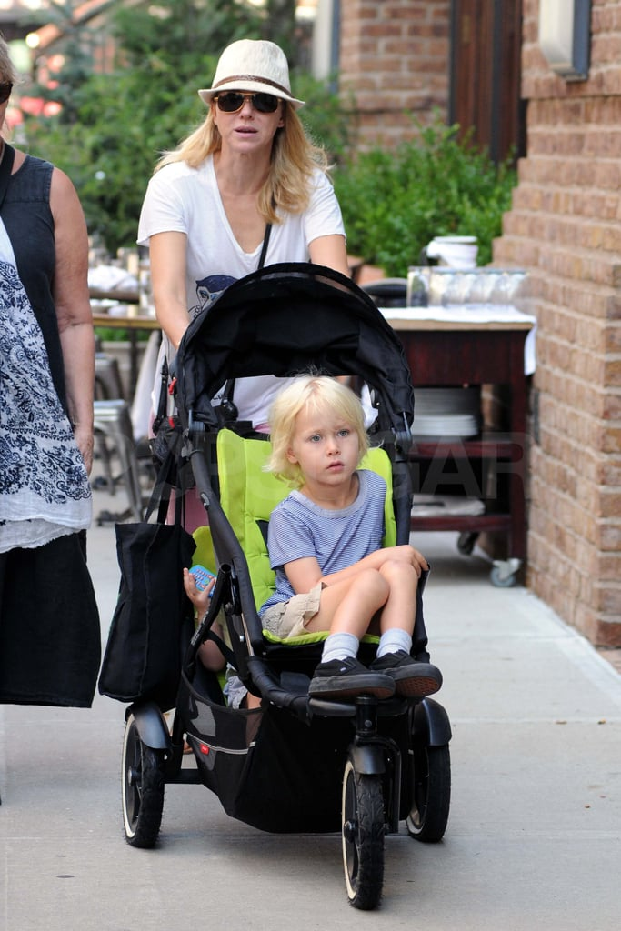 Naomi Watts in NYC with her kids.