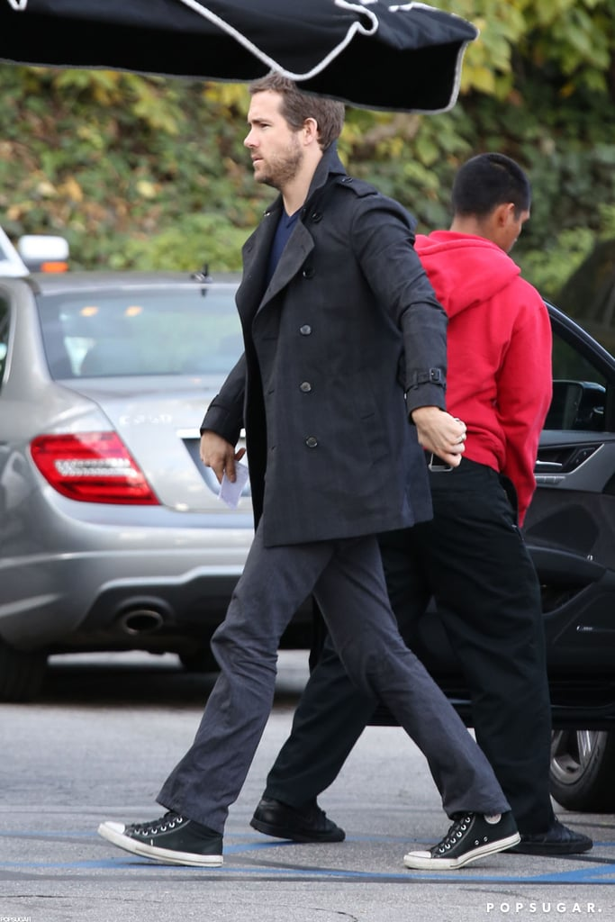 Ryan Reynolds wore a peacoat.