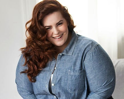 Meet the First Plus Size Model to Sign with a Major Modeling Agency