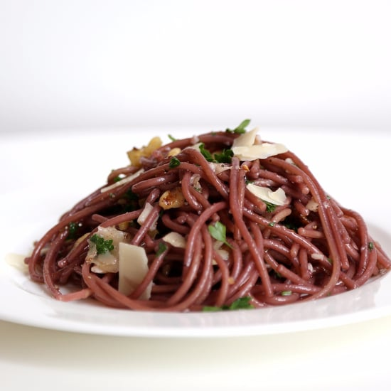 Spaghetti Cooked in Red Wine