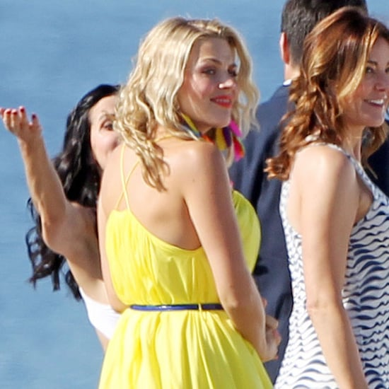 Busy Philipps and Courteney Cox Filming Cougar Town Pictures