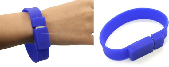Rubber Bracelet Flash Drive: Love It or Leave It?