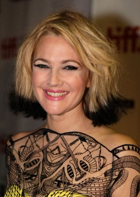 Pictures of Drew Barrymore's Black-Tipped Hair